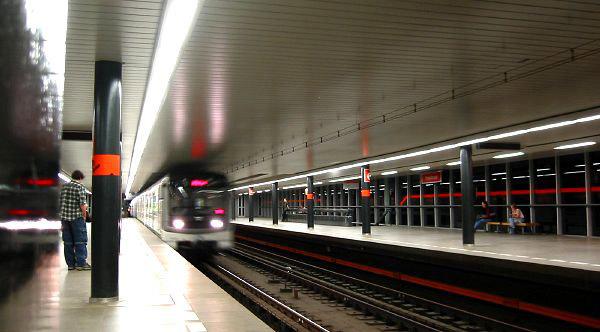Trasporti Pubblici A Praga Metropolitana Tram Bus Mary S